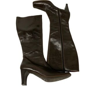 JB Parallel leather brown heeled boots